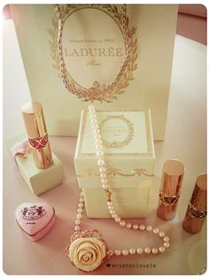 Laduree signature green gift box <3
