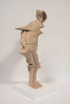 As esculturas em madeira que parecem erros digitais de Paul Kaptein