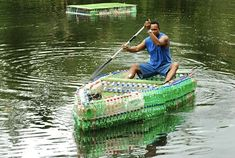 MAN IN FIJI MAKES BOAT FROM 600 LITTERED PLASTIC BOTTLES