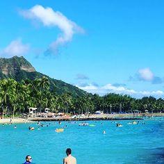 【island_sick】さんのInstagramをピンしています。 《Kuhio Beach #hawaii #oahu #waikiki #kuhiobeach  #waikikibeach #diamondhead #beach #ocean #sea #pastphoto  #クヒオビーチ #ワイキキビーチ  #ダイヤモンドヘッド #ビーチ #海  #ワイキキ #オアフ島 #ハワイ #過去pic》