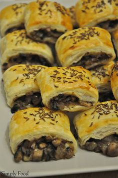 Spanakopita, Cheesesteak, Bagel, Food And Drink, Appetizers, Pizza, Bread, Cooking, Ethnic Recipes
