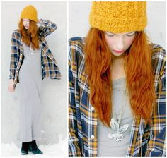 Her hair is the perfect colour for this wintery outfit