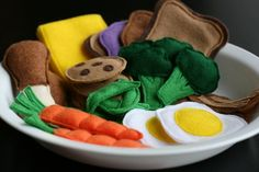 a tutorial and patterns for felt food--
