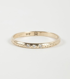 Speckled Band with Three Diamonds.