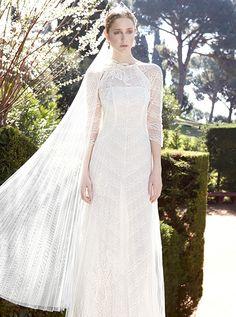 アクア・グラツィエがセレクトした、YOLAN CRIS(ヨーラン クリス)のウェディングドレス、YC001をご紹介いたします。