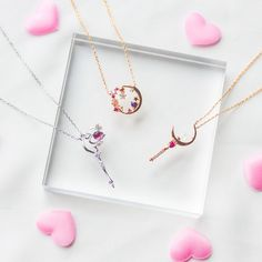 Initial Necklace / Diamond Initial Necklace in Gold / Gold Letter Necklace / Single Initial Diamond Necklace / Personalized Gift - Fine Jewelry Ideas Cute Jewelry, Jewelry Accessories, Jewelry Tree, Wedding Jewelry Simple, Magical Jewelry, Diamond Solitaire Necklace, Diamond Necklaces, Accesorios Casual, Fantasy Jewelry