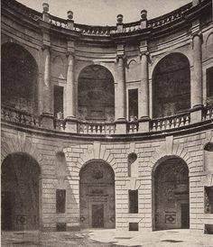vintage photograph of 1940 - Caprarola Palazzo Farnese cortile - architect Vignola (Foto Anderson) (influence on Meier's design of the Getty Research Institute) Classical Architecture, Historical Architecture, Vintage Photographs, 16th Century, Renaissance, Getty Center, Around The Worlds, Villas, City