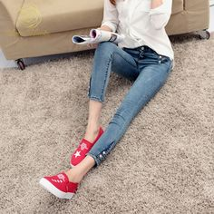 a6600690cf3ad 35 Best Ripped Jeans images