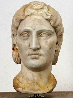 women of rome Historical Women, Roman History, Ancient Rome, Roman Empire, Sculptures, Vintage Hairstyles, Statues, Drawings, Art