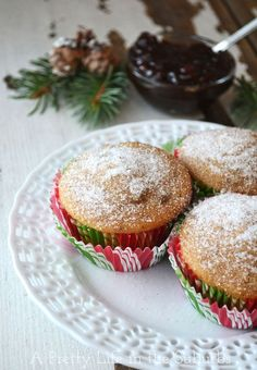 These Mincemeat Muffins are tender, spicy and so festive! And they're a great way to use up leftover mincemeat. So delicious! Mince Meat, Mince Pies, Christmas Cooking, Christmas Desserts, Christmas Goodies, Christmas Kitchen, Christmas Stuff, Christmas Ideas, Christmas Gifts