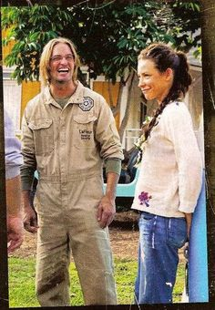 Josh Holloway and Evangeline Lilly filming LOST
