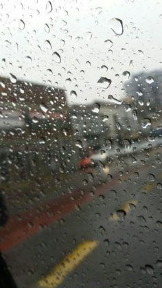"""Mi primera foto """"Un día, con un perfecto sol""""  #lluvia #nubes #agua #gotas #fotografía #amateur"""