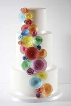 Rainbow Wafer Paper Flowers Tutorial | Cake Masters Magazine Wafer Paper Flowers, Wafer Paper Cake, Diy Father's Day Crafts, Paper Flower Tutorial, Cake Decorating Techniques, Diy Cake, Ideas Decoración, Cake Ideas, Cake Tutorial