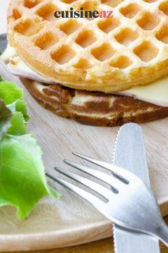 Quand une gaufre et un croque-monsieur se rencontrent cela donne une recette de gaufres salées jambon-fromage façon croque. #recette#cuisine#gaufre#croquemonsieur #jambon #fromage Waffles, Breakfast, Food, Nice Salad, Savory Waffles, Belgian Waffle Iron, Morning Coffee, Essen, Waffle