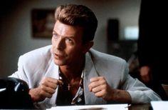 Персонаж Дэвида Боуи вернется в сериал Твин Пикс - http://rockcult.ru/news/david-bowie-character-will-return-to-twin-peaks/