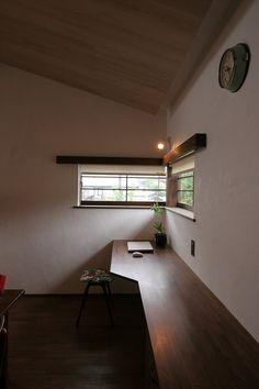 house windows desk idea