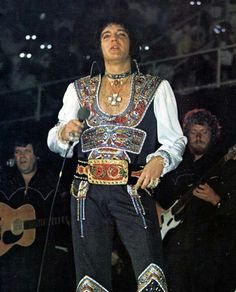 Elvis Presley-Most Amazing Outfit?