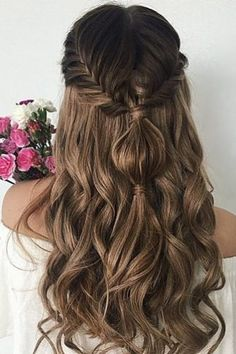 Wedding Hair Down Half up half down wedding hairstyles Curled Wedding Hair, Wedding Hair Down, Box Braids Hairstyles, Pretty Hairstyles, Easy Hairstyle, Short Hairstyles, Cute Down Hairstyles, Half Braided Hairstyles, Fashion Hairstyles