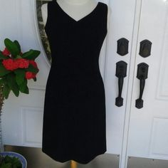 Ann Taylor petite black dress. Size 4p If you are size 4 you must have this dress. Ann Taylor petite black dress. Size 4 p. Worn once. Ann Taylor Dresses
