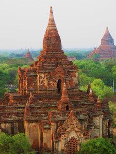 Bekijk de tempelvlakte van Bagan tijdens een 4-daagse excursie. http://www.333travel.nl/tour/myanmar/de-tempels-van-bagan?productcode=T812