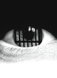 Les albums de Céline E.: En cage - Opus 4