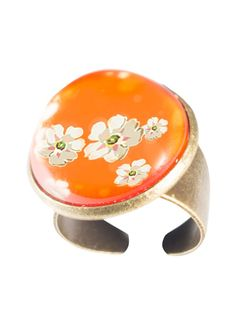 Orange Blossom ring. www.fabuleuxvous.com Orange Blossom, Snow Globes, Rings, Vintage, Pretty, Ring, Jewelry Rings, Vintage Comics