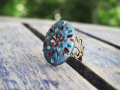 Bague ovale bleu azur fleurs colorées antique par DenadasHandmade