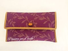 Pochette con fantasia floreale viola e giallo in misto cotone damascato : Altre borse di passione-per-il-cucito