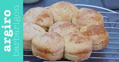 Δείτε τη συνταγή! Hamburger, Muffin, Recipes, Breakfast, Breads, Food, Morning Coffee, Bread Rolls, Recipies