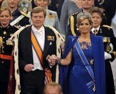 30 aprile: Betarice abdica in favore del figlio. Qui il re Guglielmo Alessandro e la regina Maxima durante la cerimonia di investitura