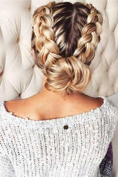 Back to school hairstyles are supposed to be the least time-consuming and easy. But we will prove you that they can be awesome-looking, too!
