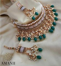Exclusively designed by AMANII limited edition and very uniquely found design in this amazing piece of work. Available in various designs and coloursAvailable for next day dispatching Indian Jewelry Sets, Indian Wedding Jewelry, Bridal Jewelry Sets, Bridal Accessories, Bridal Jewellery, Indian Bridal, Indian Accessories, Diamond Jewellery, Jewelry Design Earrings