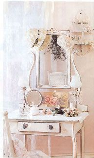 French women seem to have this intrinsic mystique; we all know a girl's gotta put some effort into the effortless look, so having a lovely yet practical vanity is pretty important for bringing the French style into your home!