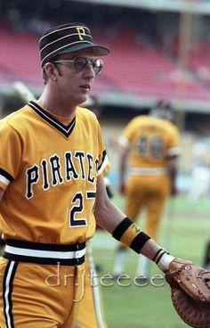 Kent Tekulve Mlb Pirates, Pittsburgh Pirates Baseball, Baseball Star, Pittsburgh Sports, Baseball Players, Mlb Uniforms, Baseball Uniforms, Baseball Pictures, Pirate Pictures