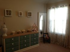 YAA!! More customer pics!! Sarah bought the dresser from me and it looks great in its new home!