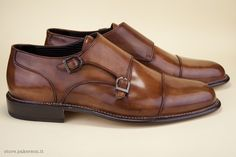 Hand Made in Italy shoes for men. - Scarpe da uomo Hand Made in Italy. http://store.pakerson.it/man-buckle-shoes-33005-wood.html
