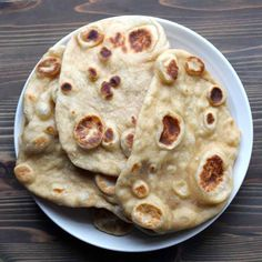 Easy Whole Wheat Naan. With honey, Evoo, and yeast by Frugal Nutrition Recipes With Naan Bread, Wheat Bread Recipe, Naan Recipe, Flatbread Recipes, Dough Recipe, Wheat Pizza Dough, Whole Wheat Pizza, Indian Food Recipes, Real Food Recipes