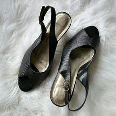 ✨FINAL SALE✨ Cloudwalker Black Peep Toe Heels Black peep toe slingback heel. Heel is about 3 inches. Worn once. Price firm unless bundled. cloudwalkers Shoes Heels