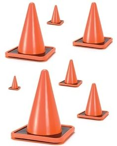 Construction cone size sequencing is great for preschool and pre k math activity tables/ centers. This file can be used to fit your needs. Use fewer pieces for beginners or use all pieces for a challenge. Versatile to fit your classroom and student needs.