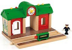 Brio 33578 - Estación de tren: Amazon.es: Juguetes y juegos