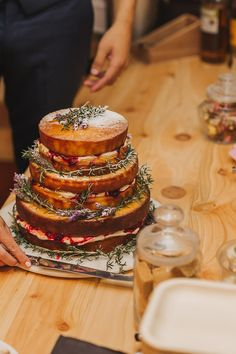 Our Little Wolf Catering specialists offer professional event catering in Auckland, we cover all catering needs whether a cocktail party, a weekend conference, or a banquet wedding. Catering Menu, Catering Services, Canapes, Auckland, Banquet, Conference, Champagne, Wolf, Cocktail