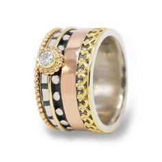 Ring with diamand