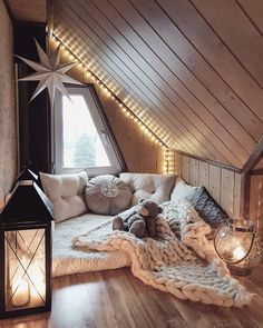 Sweet and Romantic Bedroom Ideas You Would Love To Have; Sweet and Romantic Bedroom Decoration; Sweet and Romantic Bedroom; Sweet and Romantic Bedroom Design;Sweet and Romantic Bedroom Decor; Room Ideas Bedroom, Home Decor Bedroom, Attic Bedroom Ideas For Teens, Budget Bedroom, Attic Ideas, Bedroom Colors, Dream Rooms, Dream Bedroom, Bedroom Bed