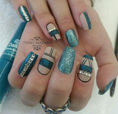 WEBSTA @thaismazaro Jenny ❤  Pedrarias para compra:  www.tatacustomizaçãoecia.com.br ✨