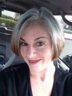Did she go light first i wonder??? Going gray!