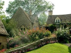 Miller Cottages in Bilbury by stephencurtin on Flickr.