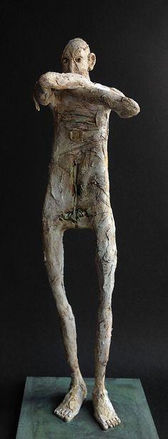 "Pablo Hueso. ""Mío"" Figura Ma327. 2016. Arcilla polimérica. Acrílico y barnices. Acero.  42 x 15 x 15 cm. http://www.pablohuesoart.com"