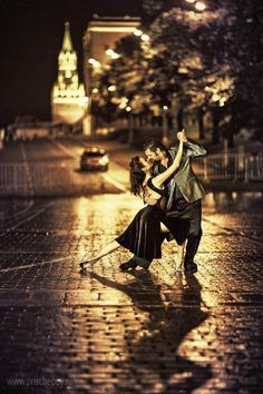 When it is choreographed simply and elegantly, a tango can be mesmerizing.