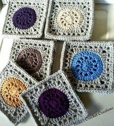 Crochet Granny Square Patterns Nana's Granny Wheel Square « The Yarn Box The Yarn Bo - This is a granny square pattern that transforms a circle in a square! Quite magic! Crochet Motifs, Crochet Blocks, Granny Square Crochet Pattern, Crochet Squares, Crochet Granny, Crochet Blanket Patterns, Crochet Stitches, Granny Squares, Crochet Blankets