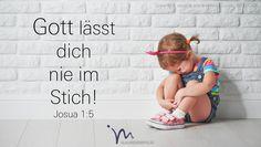 """""""Dein #Leben lang wird niemand dich #besiegen #können. Denn ich bin bei dir, so wie ich bei #Mose gewesen bin. Ich lasse dich nicht im #Stich, nie #wende ich mich von dir ab."""" #Josua 1:5 #glaubensimpulse"""